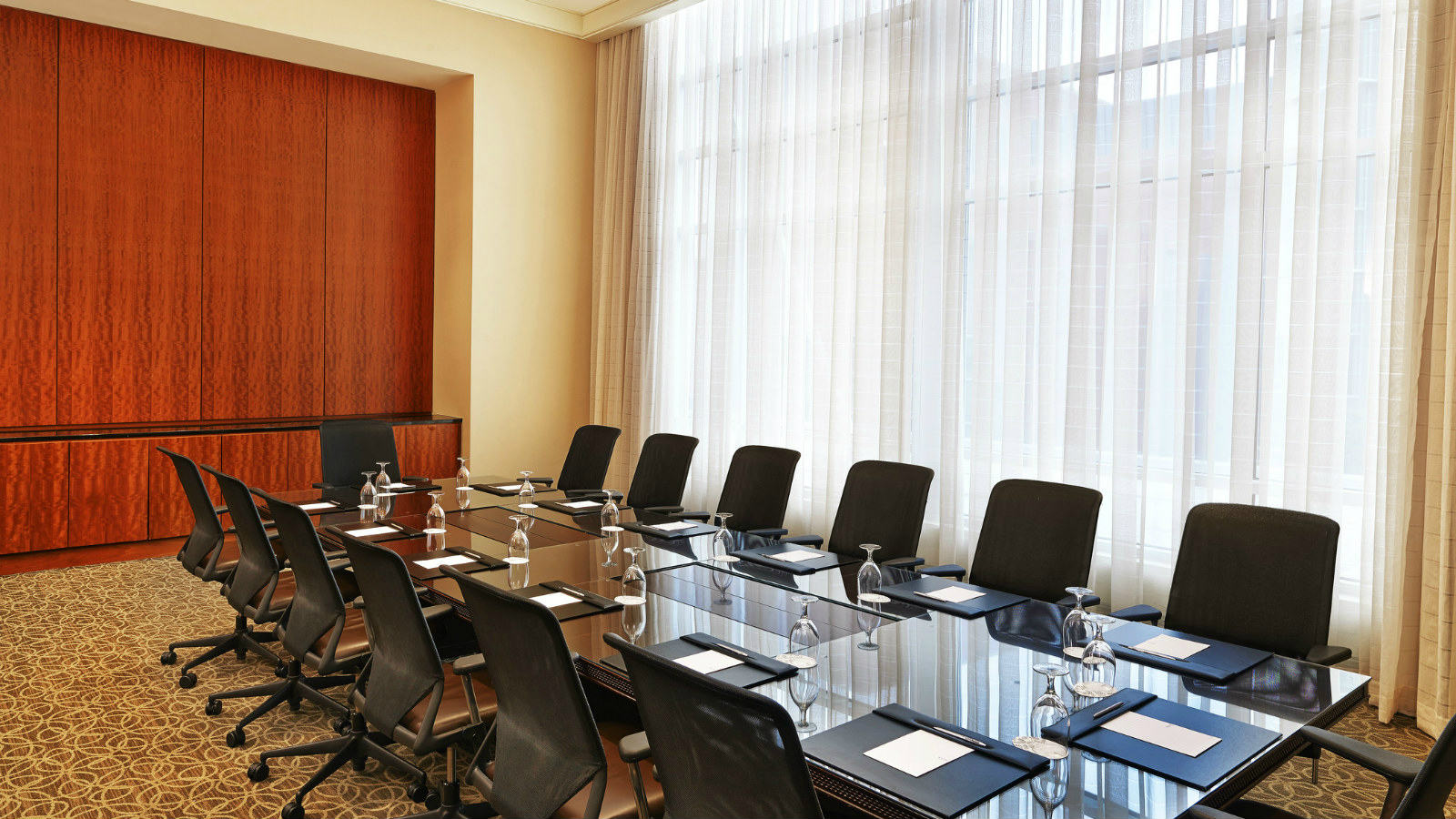 The Westin Virginia Beach Town Center - Small Meeting Space